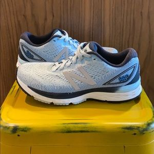 New Balance |  880v9 Running Shoes